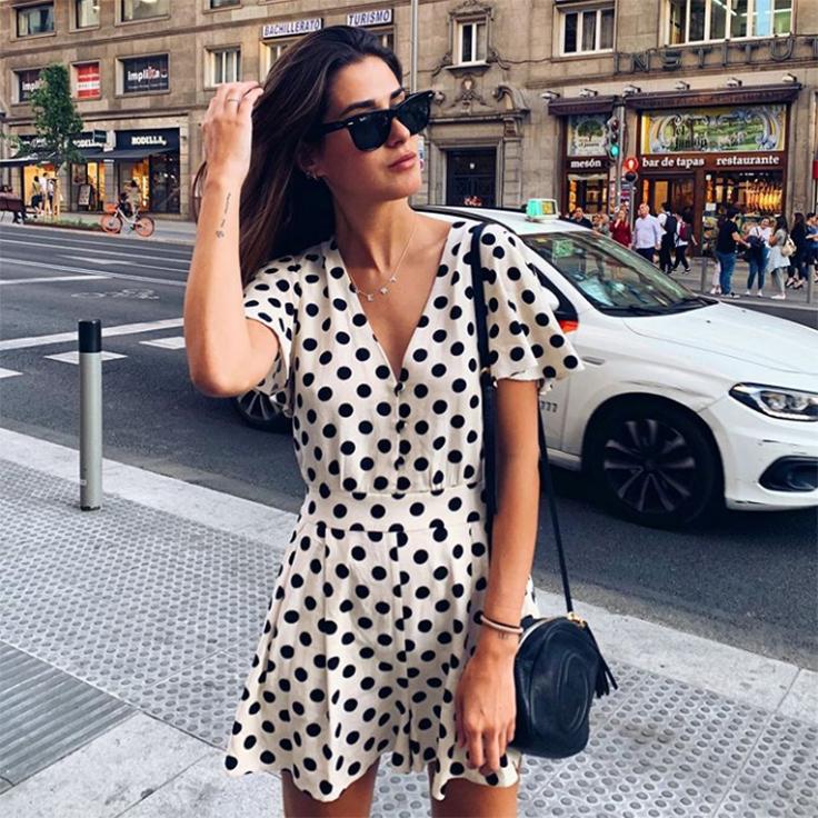 mery-turiel-vestido-estampado-lunares-estilo-instagram