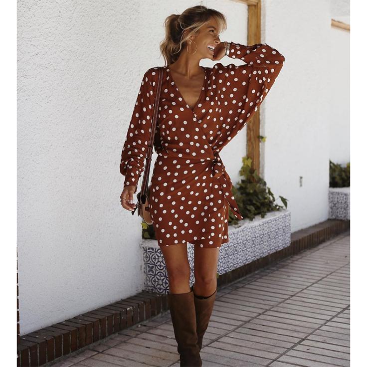 paula-arguelles-vestido-estampado-lunares-estilo-instagram