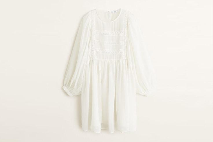 vestido-blanco-detalles-encaje-manga-larga-mango