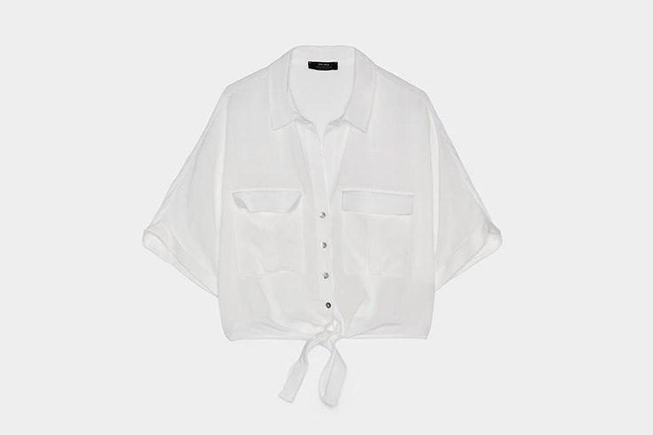 blusa-blanca-detalle-nudo-bershka