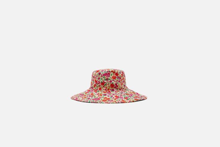 sombrero bucket zara el estilo de María Tavera