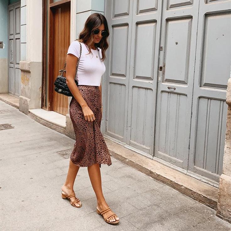 susana molina bicho estilo conjunto falda leopardo