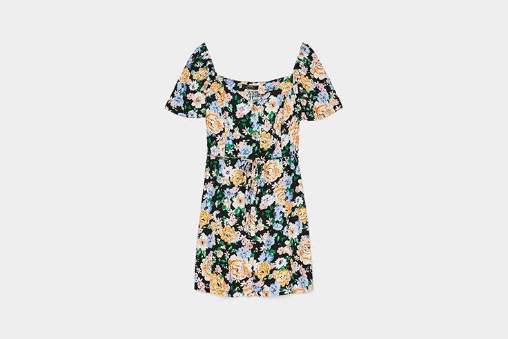vestidos cortos flores bershka