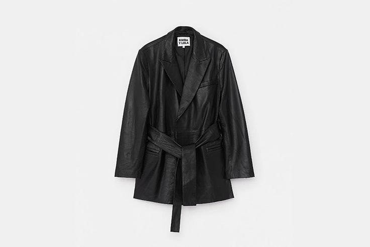 blazer piel negra bimba y lola chaquetas de entretiempo