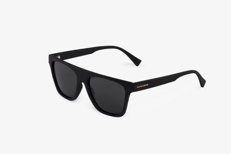gafas de sol pasta negra hawkers