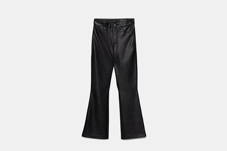 legging flare efecto piel Zara Black Friday 2019