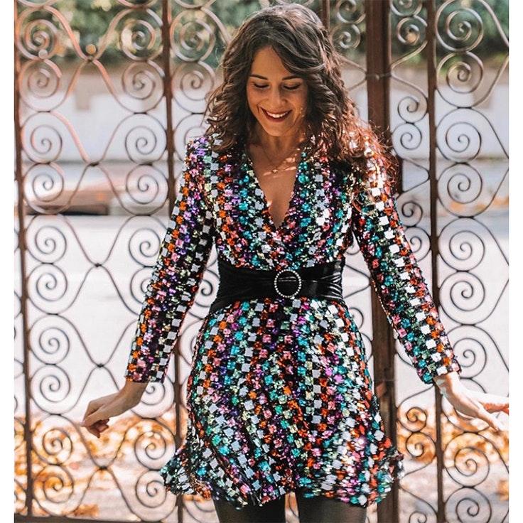 candela ccpetiterobe estilo instagram vestido de lentejuelas de colores