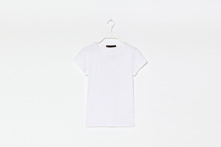 camiseta basica blanca de sfera Silvia García