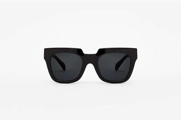 gafas de sol diamond black de montura negra oversize hawkers Silvia García