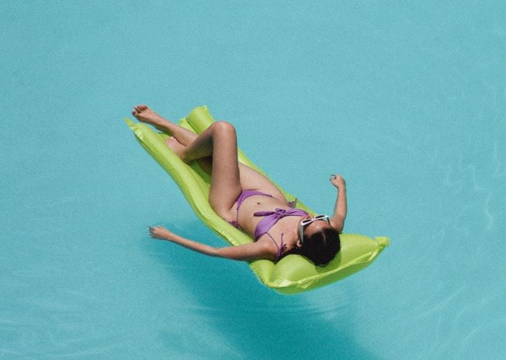 bañadores bikinis calzedonia 2021