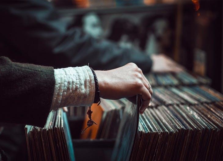 Conheça a nossa seleção de dez CDs e deixe-se entrar no novo ano com boa música na cabeça.