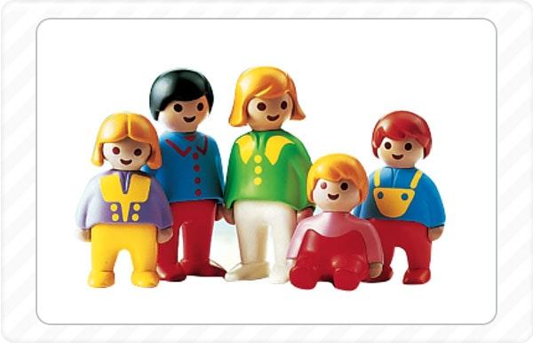 1990 - Criada uma nova gama daPlaymobil pensada para meninos e meninas a partir dos 18 meses.