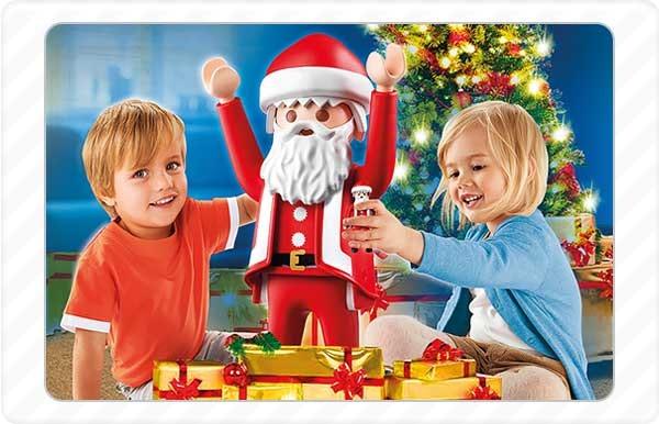 2015 - No seu 20º aniversário, o Pai Natal da Playmobil fica disponível em tamanho XXL (65 cm).