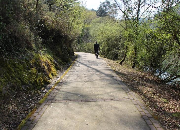 Descubre una increíble ruta por el embalse de Gorostiza