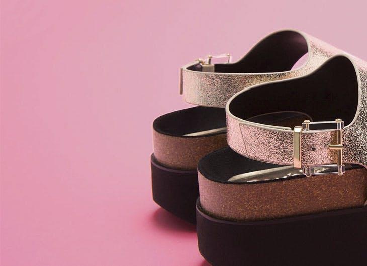 Descubre los secretos de las sandalias que están a la moda esta temporada