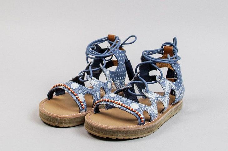 Las nuevas sandalias romanas: ahora anudadas