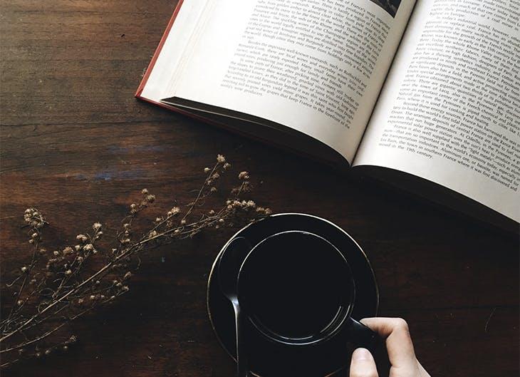 Los 8 libros recomendados para leer después de las vacaciones