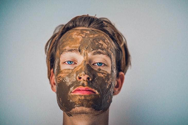 Tips para reducir las manchas en la cara de forma inmediata