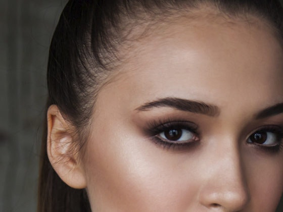 Cómo pintarse los ojos en cuatro sencillos pasos