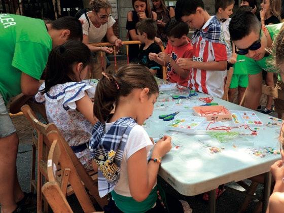 A disfrutar con los juegos infantiles de la Herriko Plaza