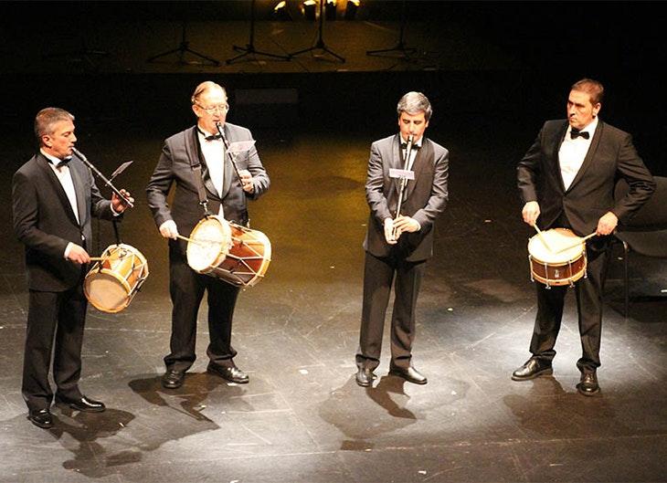 'Txistu y cuerda' en el Teatro Barakaldo Antzokia