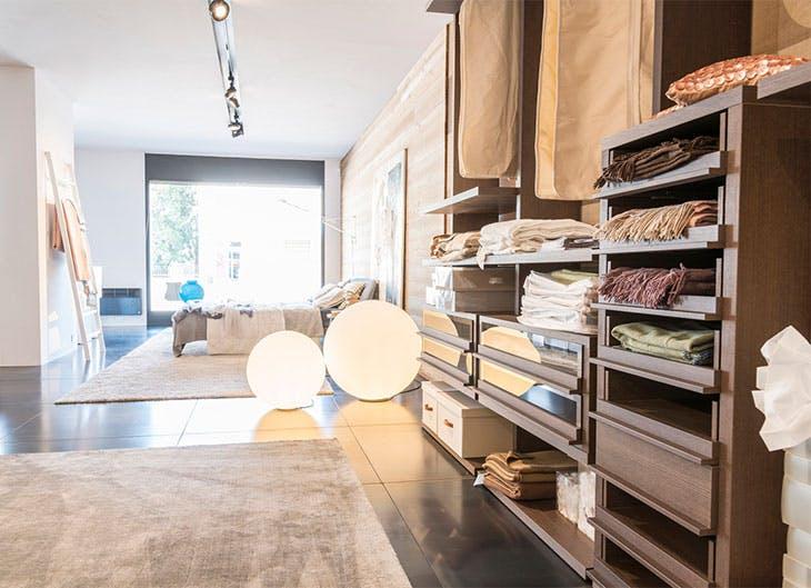 Ideas de cómo ordenar tu armario de la mejor manera.