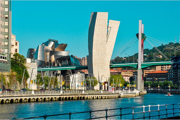 La Ría de Bilbao / Adobe Stock