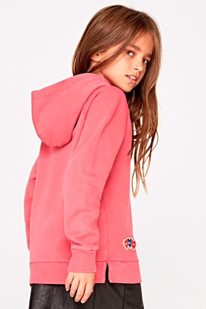 sudadera con parches niña rosa