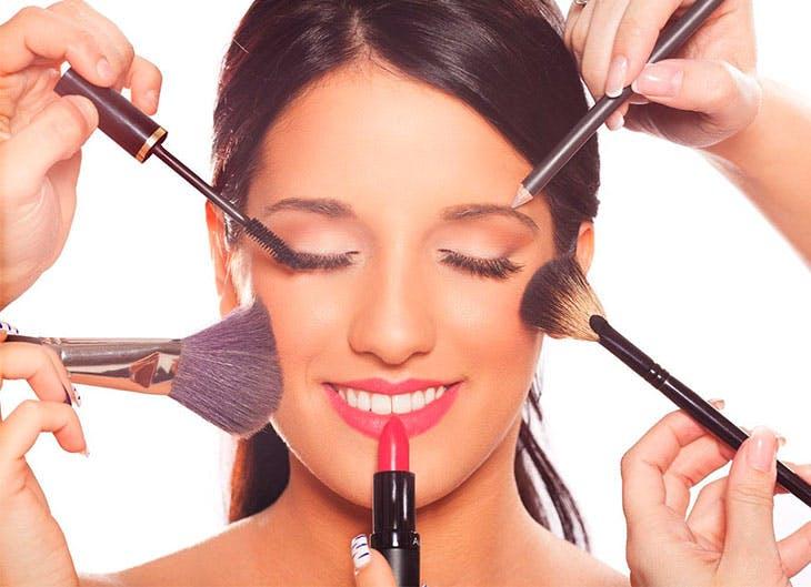 maquillaje perfecto mujer