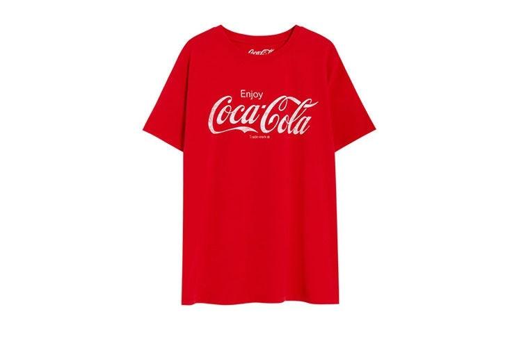 camiseta logo coca cola