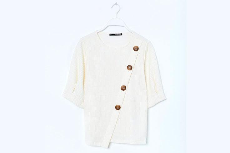 blusa-blanca-botones-sfera