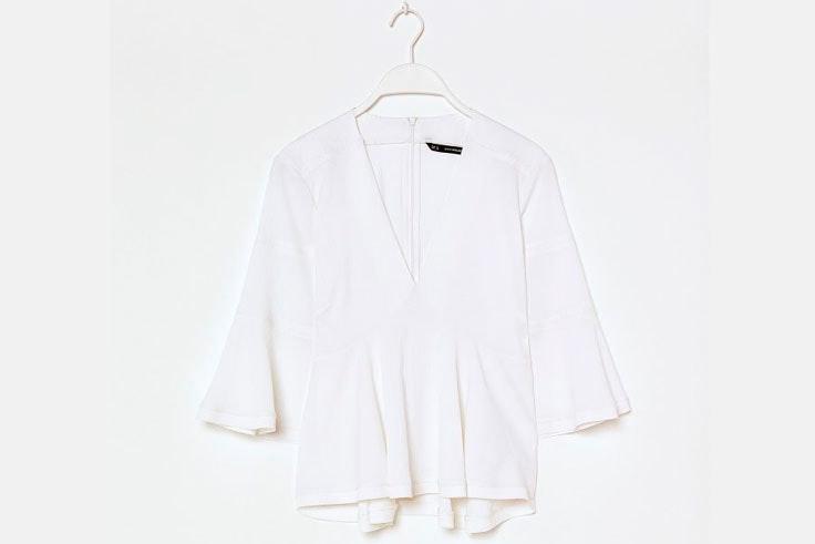 blusa-blanca-volantes-sfera