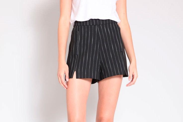pantalon-corto-negro-rayas-pimkie-1