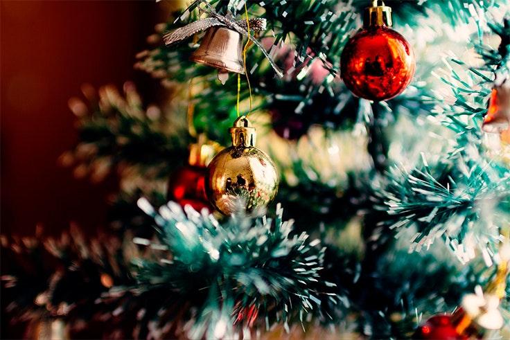 arbol-navidad-rojo