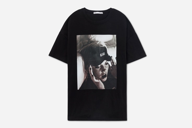 black-friday-camiseta-negra-gigi-vives-lefties