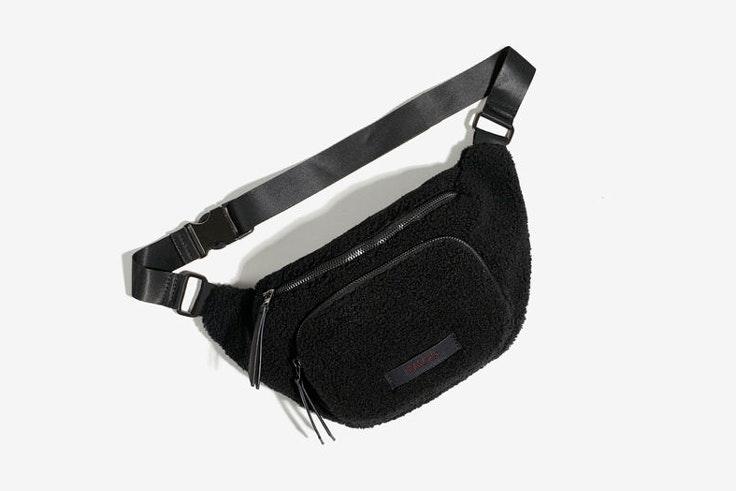 black-friday-rininera-borreguito-negro-parfois