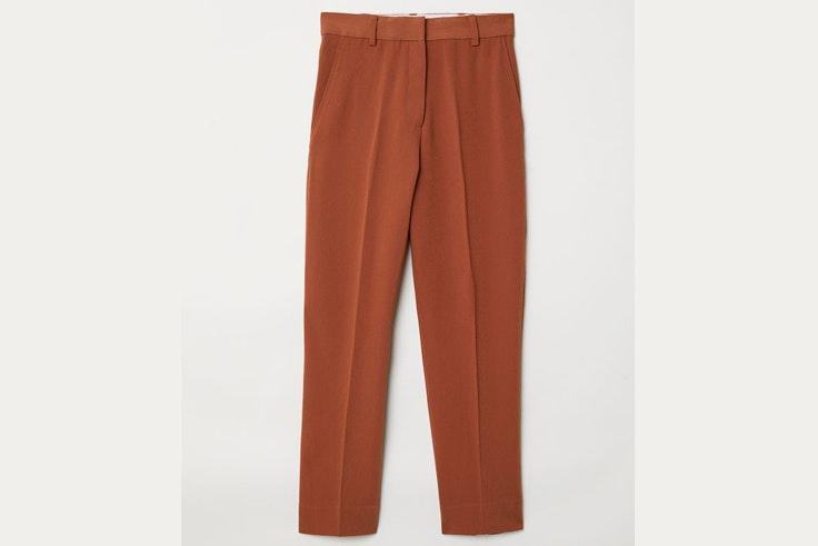 pantalon-marron-traje-largo-hm