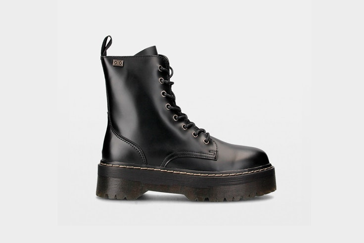 botines-negros-dc-martens-plataforma-ulanka