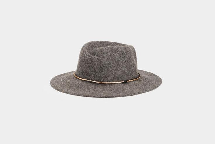 sombrero-de-ala-ancha-fieltro-gris-parfois