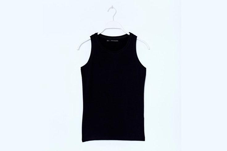 camiseta-negra-tirantes-basica-sfera