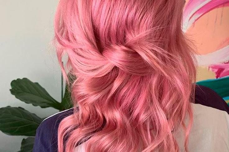 Pelo-color-rosa