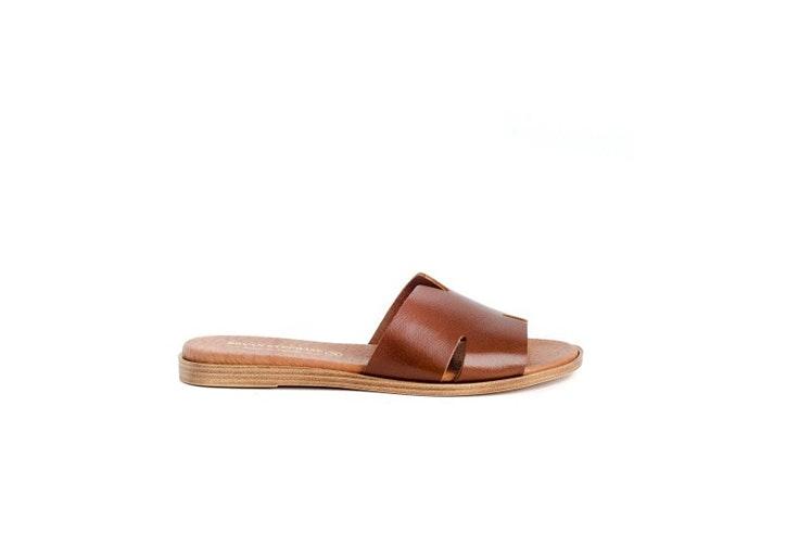 sandalia plana piel zapin calzado de verano