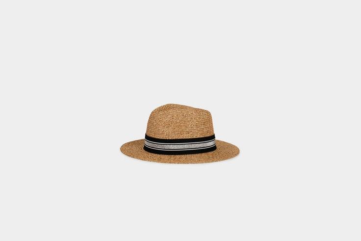 sombrero parfois el estilo de Elsa Pataky