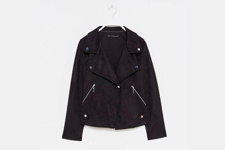 chaqueta-negra-ante-sfera