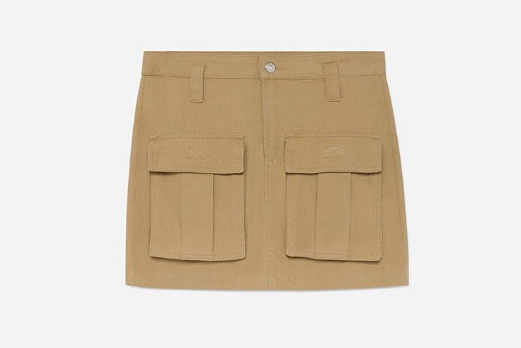 falda beige con bolsillos de lefties