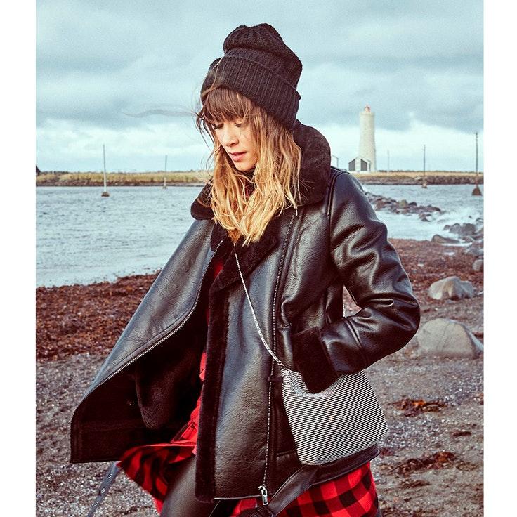look aitana para stradivarius campaña en islandia