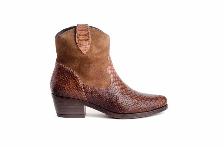 botas cowboy marrón textura zap-in