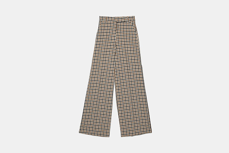 pantalon de traje ancho con estampado de cuadros de zara Black Friday 2019