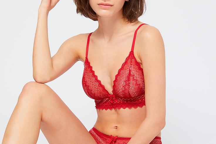 sujetador triangular sin aros de encaje etam lencería roja