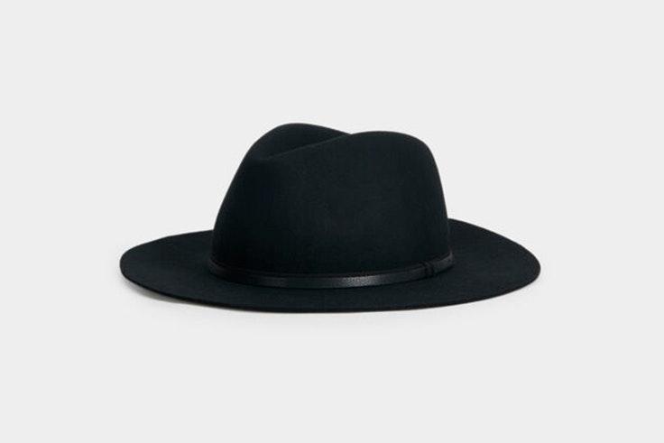 Sombrero negro de ala ancha de Parfois